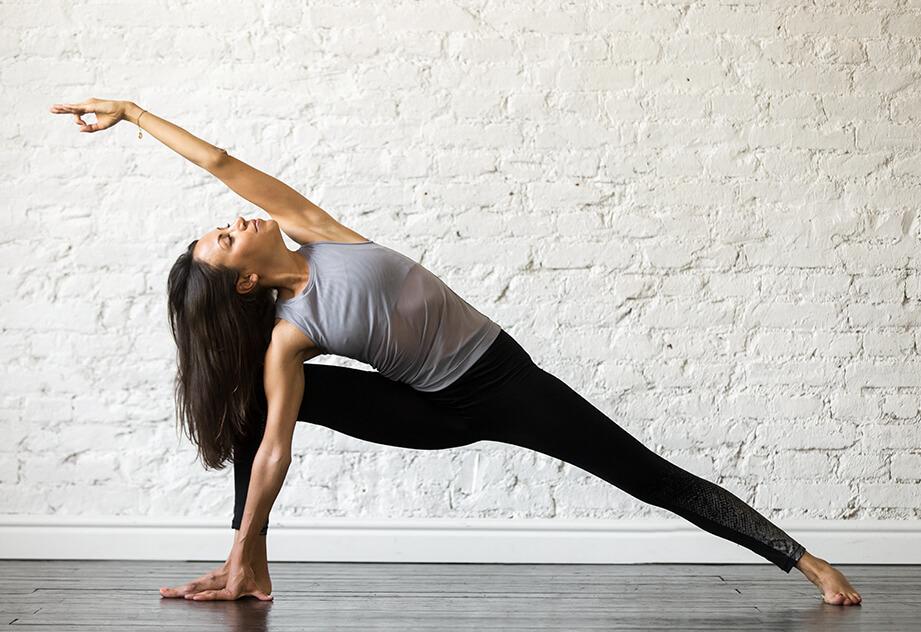 תרגול יוגה השפעה נוגדת דיכאון וחרדה